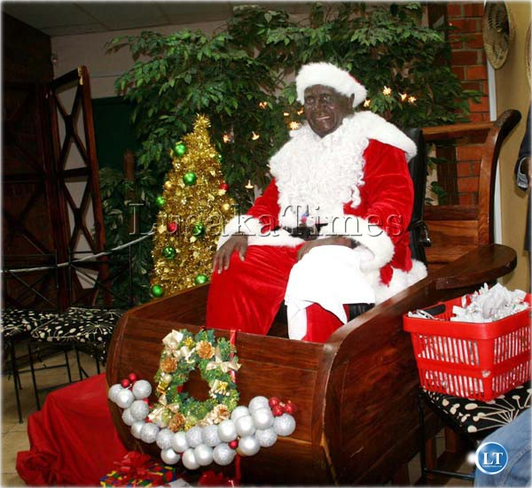 New Year in Zambia: maize Kachasu,  Christmas rice and Santa Claus from Lusaka